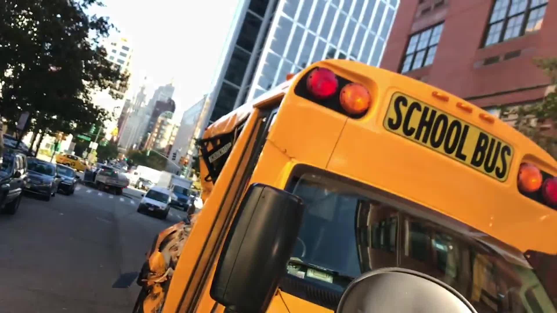 Accidente en bus escolar al norte de Houston