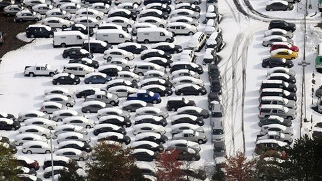 Texas reporta mas de 200 choques de auto por ola de frío