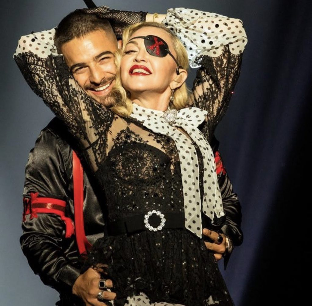 maluma takes over the stage with madonna at the 2019 billboard music awards to perform medellin announces the pre order of his album 11 11 que onda magazine que onda magazine
